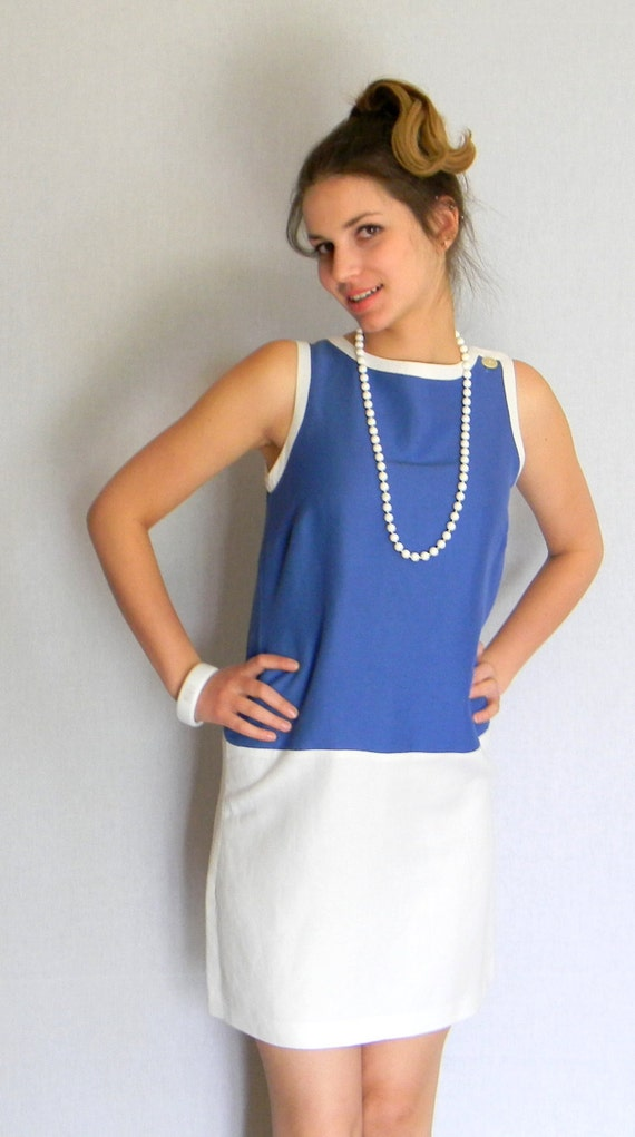 MEMORIAL DAY SALE Shift Dress Blue And White Fashion Color Block Summer Dress Mad Men. 60s Size Medium. Nautical Dress Cocktail Dress