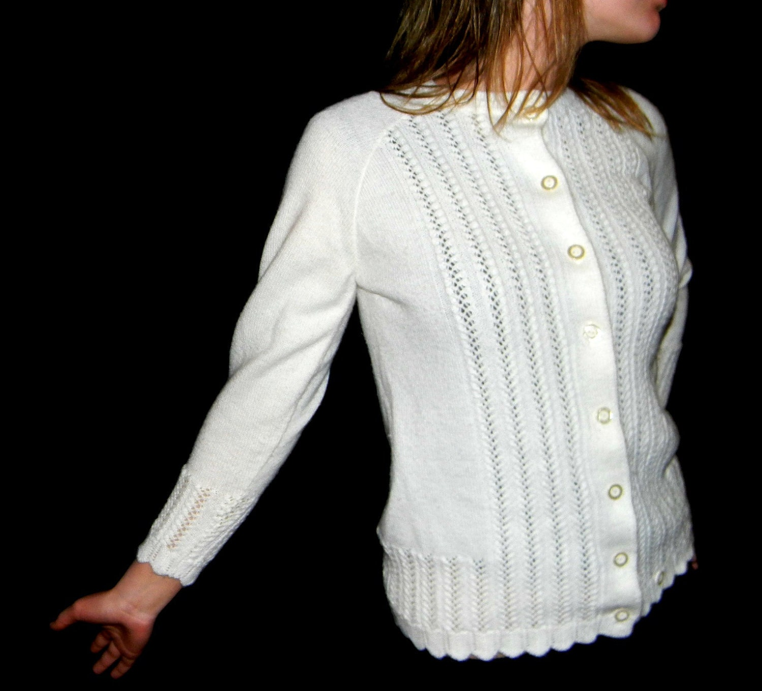 60s Vogue cardigan. White lace sweater top. Mad Men fashion.