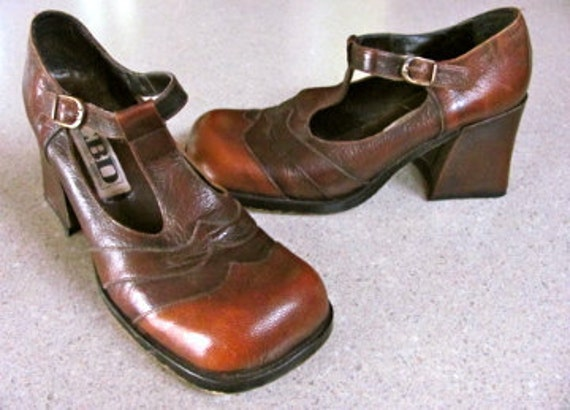 Funky 60's Brown Leather Chunky Heel Shoes S8.5B
