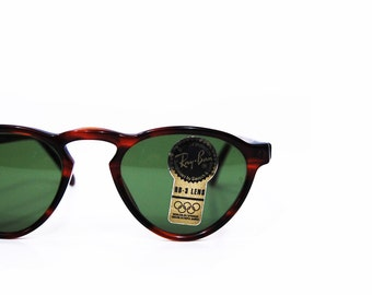 Vintage Ray Ban Sunglasses. Brand new B&L Gatsby Style 7 W1529