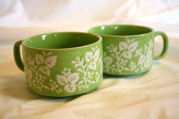 vintage green floral Japanese mugs cups : set of 2