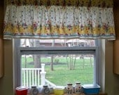 Kitschy Kitchen Vintage 50s Window Valance Cherries Apples Fruit Pyrex Fabric