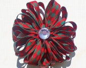 Christmas Flower Hair Clip: Red and Green Plaid