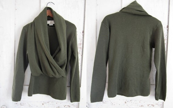 Vintage Italian Women's Sweater with built in Scarf