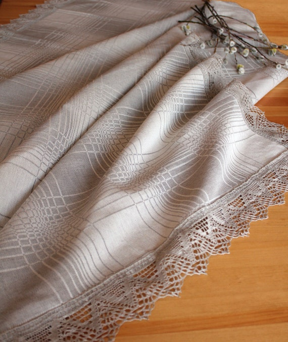 Linen Cotton blend tablecloth with traditional pattern