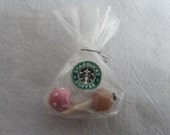 Starbucks cake-pops in pastry bag