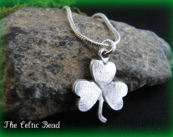 Lovely Silver Celtic Irish Shamrock Necklace