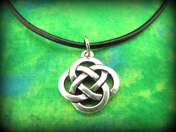 Beautiful Silver Celtic Irish Knot Necklace on Black Leather Cording