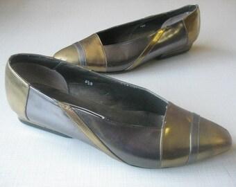 Metallic Look Vintage Women's Shoes 8 1/2 Gold Silver Pumps