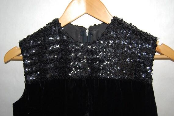 Vintage 1960s Black Velvet and Sequin Shift Dress XS S