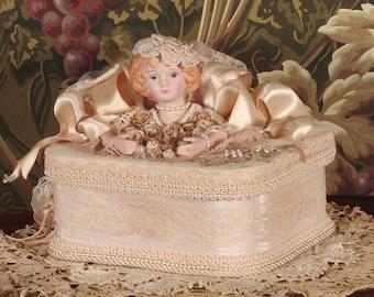 Victorian Keepsake / Trinket / Hat  Box - Med Square- Vintage Style - Hand Decorated