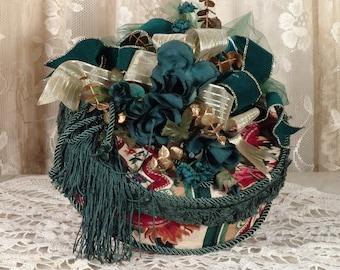 Victorian Keepsake /  Trinket Hat  Box - Mediurm Round Green Waverly Fabric - Vintage Style