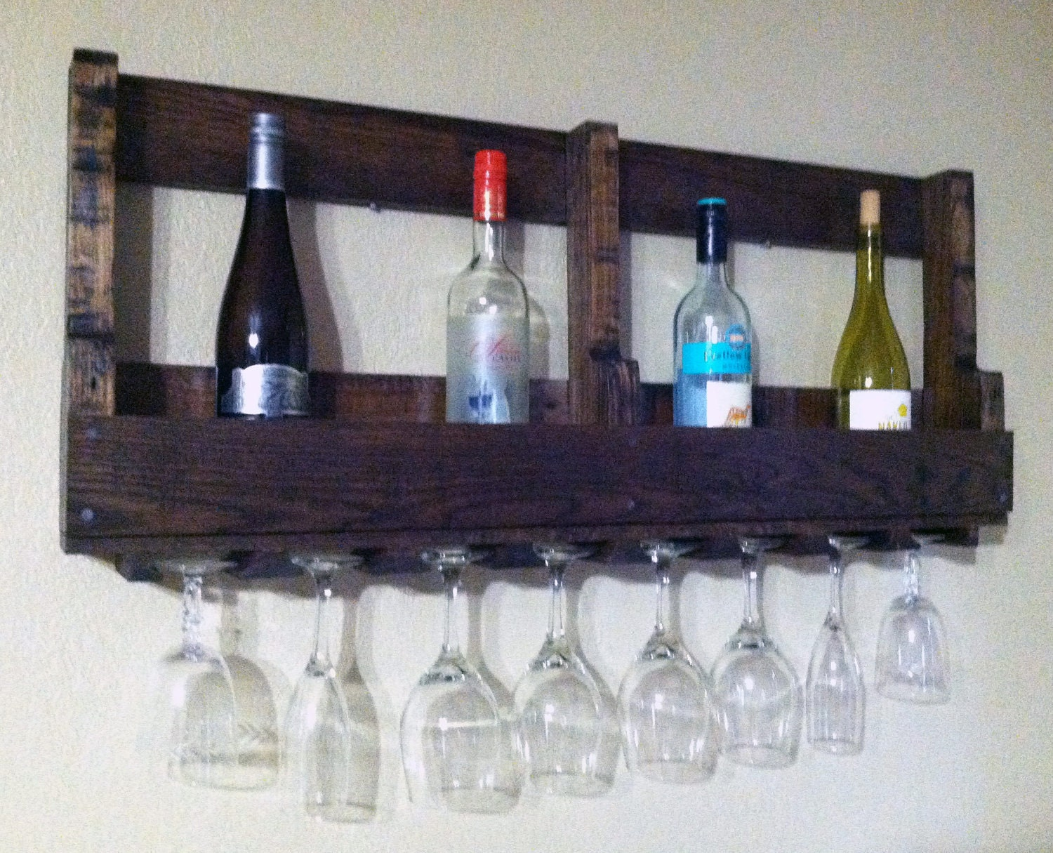 recycled pallet wine rack with glass holders by. Black Bedroom Furniture Sets. Home Design Ideas