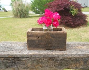 Rustic Wedding Decor, Wedding Centerpiece, Barn wood Wedding Centerpiece, Barn wood Box, Rustic centerpiece
