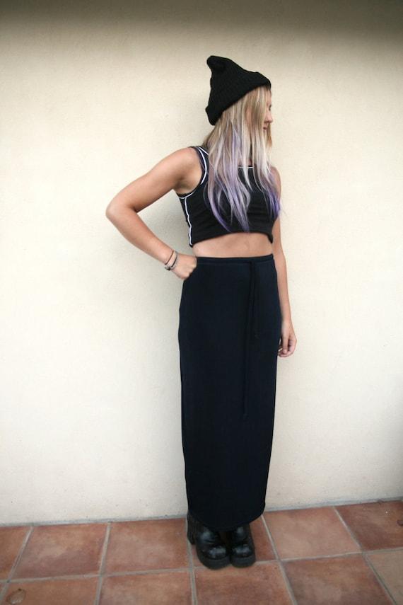 90s long navy blue sleek n sporty maxi skirt