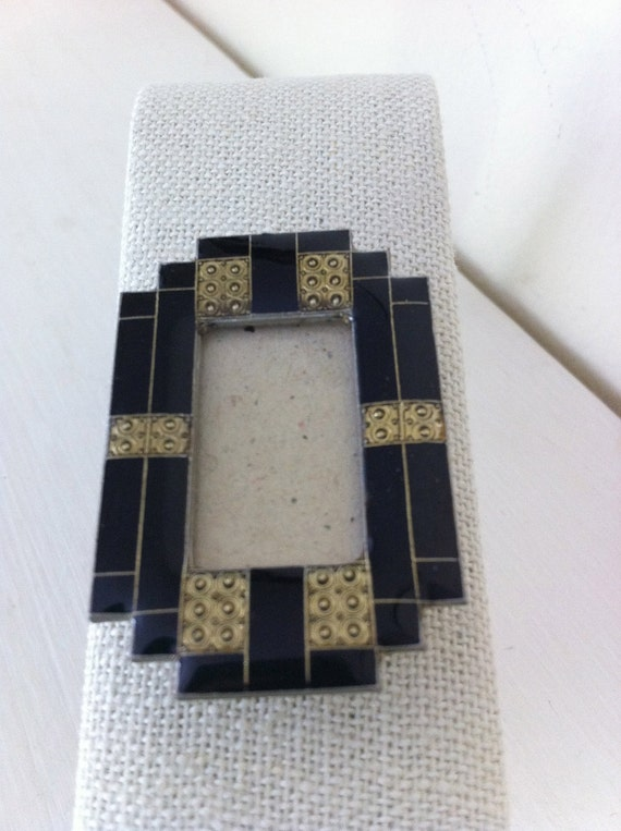 Picture Frame Pin