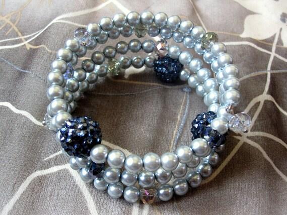 Elegant Crystal Pearl Spiral Bracelet