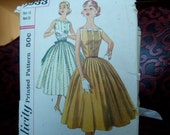 vintage 1950s sewing pattern simplicity 2033 full skirt dress