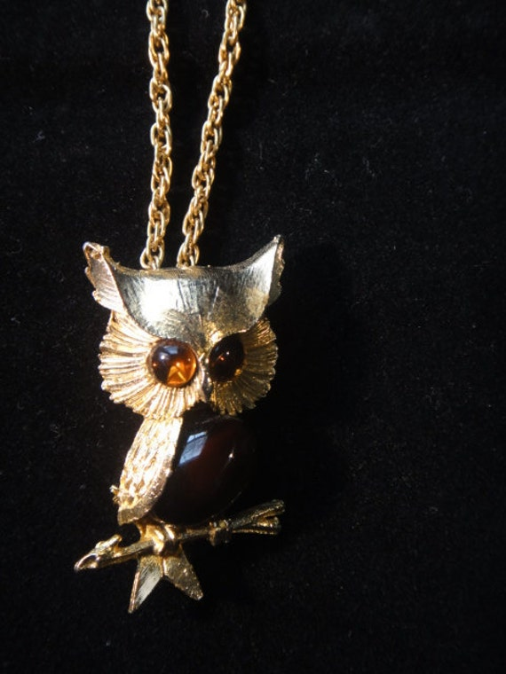 REDUCED/ Vintage 1960's Wise Owl Necklace/Pendant