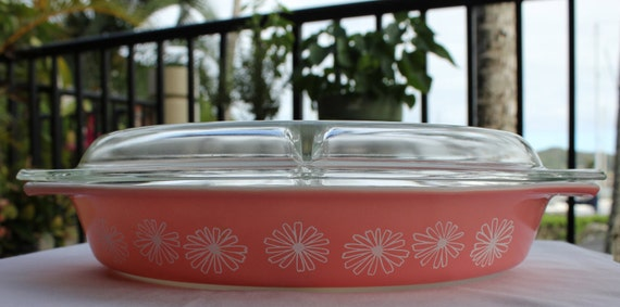Vintage Pink Daisy Divided Casserole Dish
