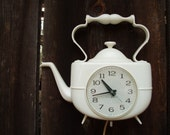 Vintage 60's General Electric Teapot Wall Clock