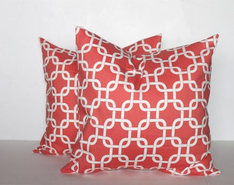 CLEARANCE - Free Shipping - 18x18 Coral Gotcha Chain Link Pillow Cover - Premier Prints