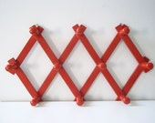 Vintage wooden wall hooks - Kitchen towel holder - Home decor -Red Wooden hanger - Country decor -Bright red hook - Decorative wall hooks