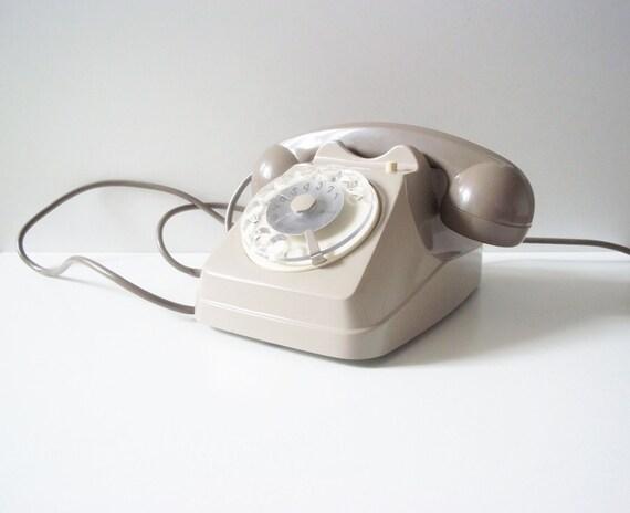 Retro rotary dial telephone - Beautiful ivory color - Vintage home decor - Retro home decor