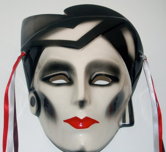 Vintage 1980s red black and white dramatic goth mask ceramic