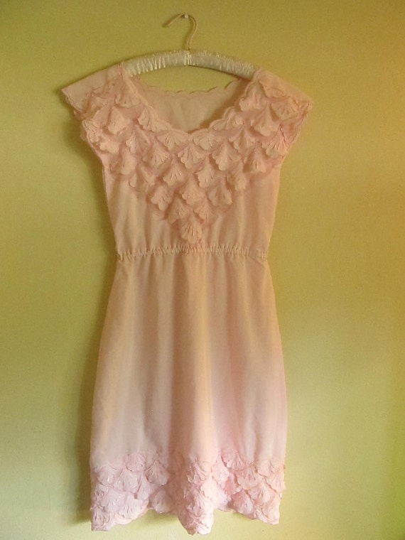 50s Pink Leaf Dress