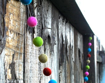 Christmas Felt Ball Garland, Pom Pom Garland, Nursery Decor, Bunting Banner, Party Decor, Baby Shower