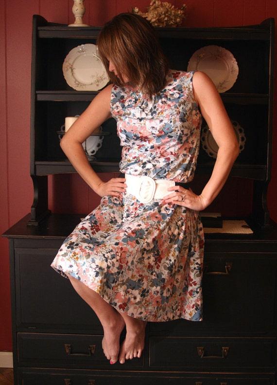 SOLD Handmade Vintage 80s Floral Summer Dress