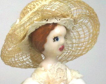 Lil Miss Lily Miniature Porcelain Doll Dressed In White Lilies And Linen Old Time Country Cute Traveling Outfit 7 Items Included