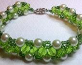 Green Triangle Weave Beadwoven Bracelet