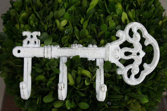 White Shabby Chic Key Holder