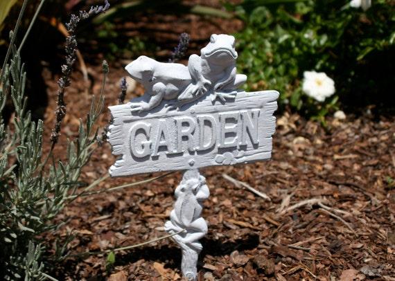 Cast Iron Frog Garden Sign