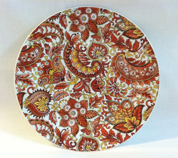 Vintage Chamart side plates/cake plates with orange paisley pattern