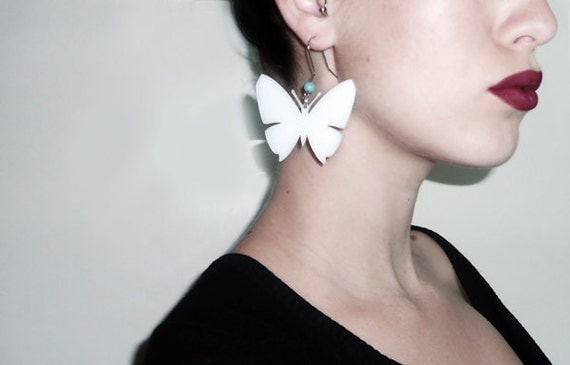 White butterfly summer earring - laser cut plexiglass with turquoise bead