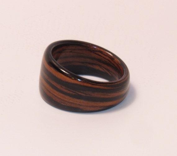 Reconstituted Italian Ebony Bentwood Wedge Ring