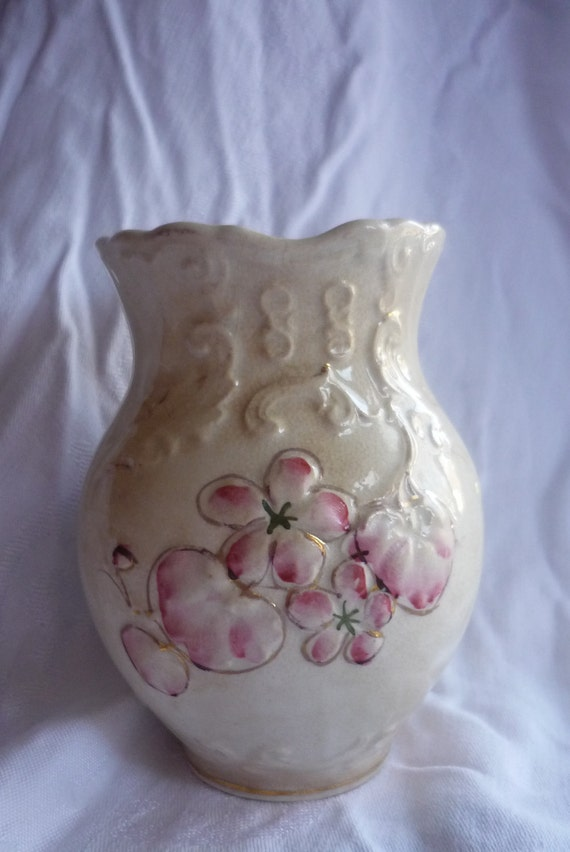 Very Rare Wheeling Pottery Co. Antique Toothbrush Holder