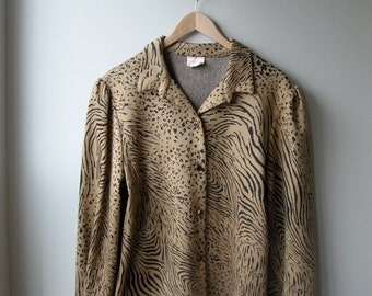 SALE, 50% OFF Vintage Leopard print Blazer/Sweater With Puffed Sleeve