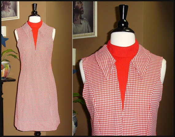 GOODTIMES 1970s Simple Red Gingham Mini Shift Dress / ModCloth style / Carol Brady / Small / Medium