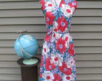 Great 1960s Floral Print Dress