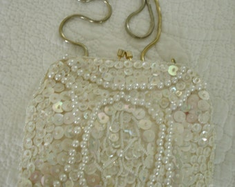 Vintage Cream Irridescent Sequined small Formal Purse. 1950's Mister Ernest/ Made in HongKong
