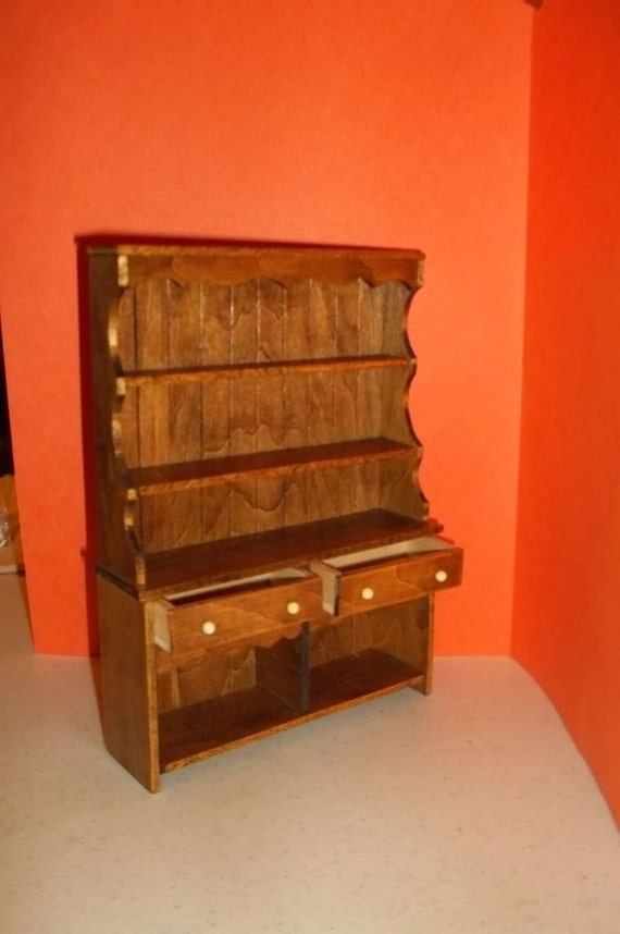 Early American Kitchen Cabinet 112scale