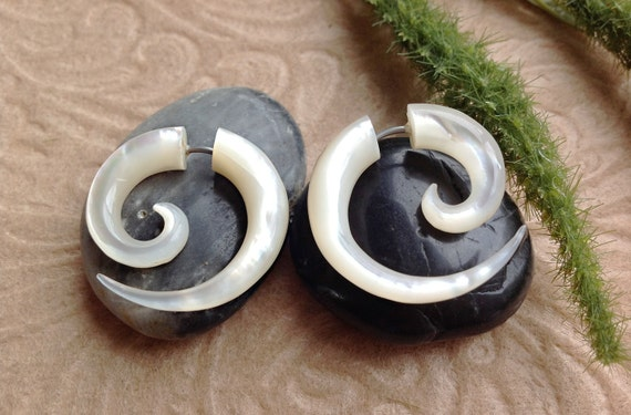 Fake Gauge Earrings, Small Spirals, Mother of Pearl/Nacre/Shell, Naturally Organic, Hand Carved, Tribal