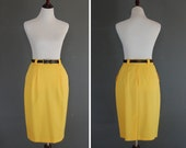 Vintage Yellow Pencil Skirt / Wiggle A Line Skirt / Pleats Pockets / Size 10