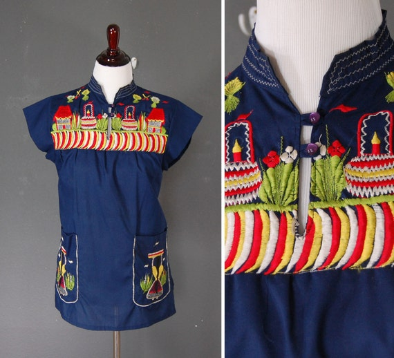 1960's Blouse / Embroidered Top / Guatemalan / Navy Blue