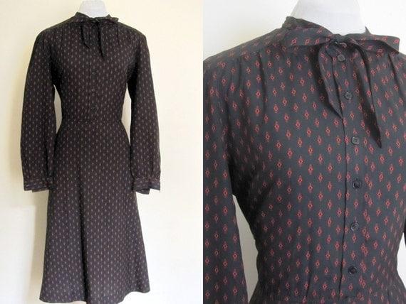 70s/80s black secretary dress. Vintage dress with bow. Dress by R&k Originals