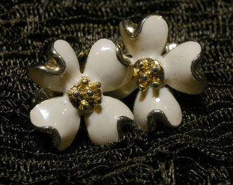 Vintage Gold Tone Cream Enamel Flower Clip On Earrings 1960s